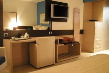 Hotel Avalon Sikani: Zimmer- Detail GIOIOSA MAREA - MESSINA