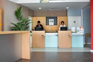 Hotel Ibis Budget Girona Costa Brava: Exterior GIRONA