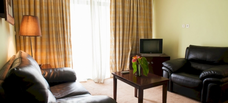 Gorillas Lake Kivu Hotel: Apartment Diana GISENYI