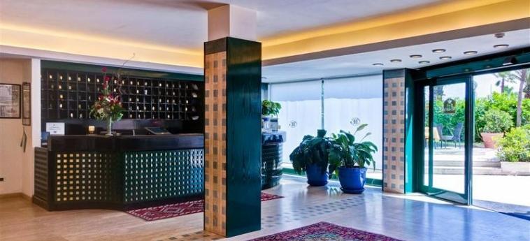Hotel Europa: Lobby GIULIANOVA - TERAMO