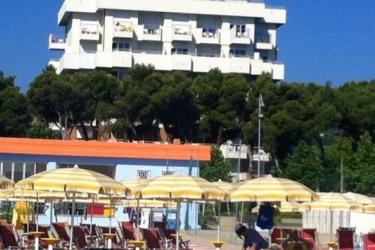 Hotel Atlantic: Strand GIULIANOVA - TERAMO