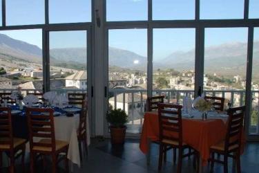 Hotel Cajupi: Exterieur GJIROKASTER