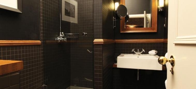 Hotel Du Vin At One Devonshire Gardens: Bathroom GLASGOW