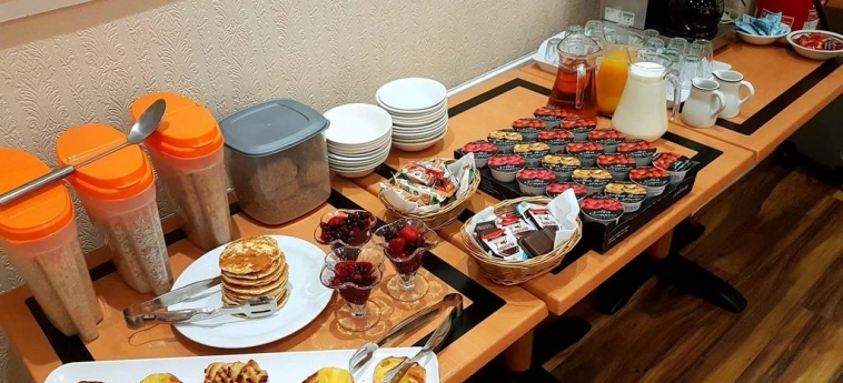 Mclays Guest House: Buffet GLASGOW