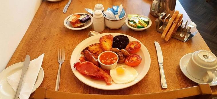 Mclays Guest House: Breakfast GLASGOW