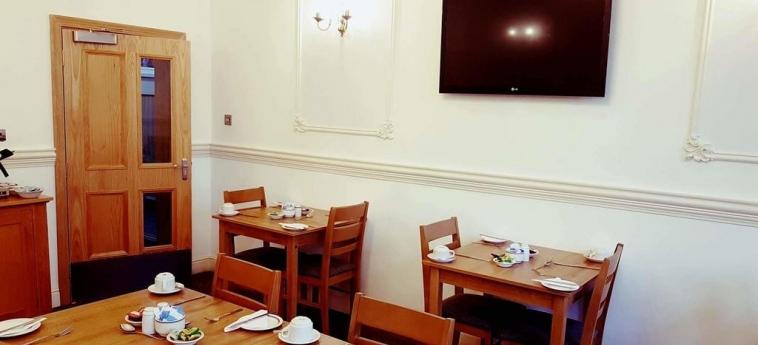 Mclays Guest House: Hall GLASGOW