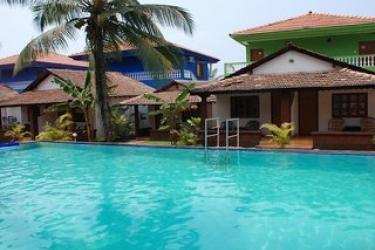 Hotel Silver Sands Holiday Village: Piscina Esterna GOA