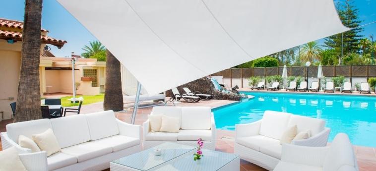 Hotel Sunny Village: Bar junto a la piscina GRAN CANARIA - CANARIAS