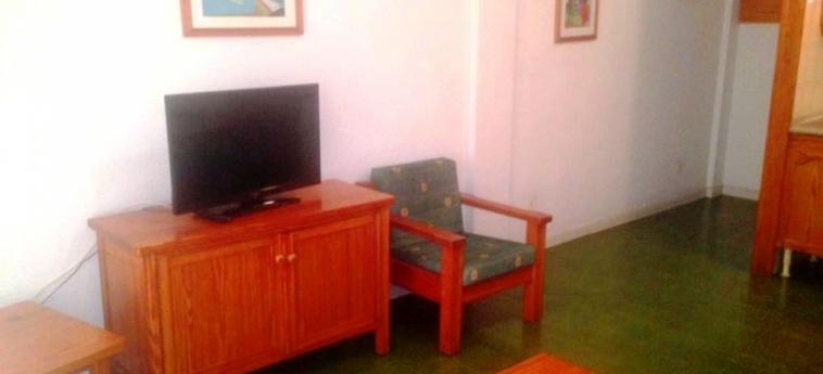Hotel Apartamentos Corona Cedral: Caminetto GRAN CANARIA - ISOLE CANARIE