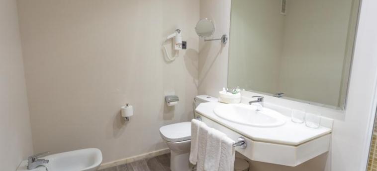 Hotel Urban Dream Granada: Badezimmer GRANADA