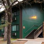 Hotel Yavapai Lodge (East & West Room)