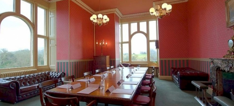 Hotel Stoke Rochford Hall: Chapelle GRANTHAM