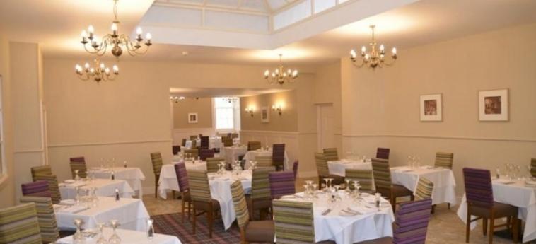 Hotel Stoke Rochford Hall: Terrain de Tennis GRANTHAM