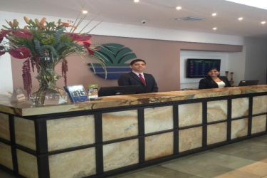 Ramada Hotel: Lobby GUAYAQUIL