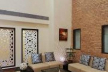 Hotel Clarks Inn Gurgaon: Lounge GURGAON