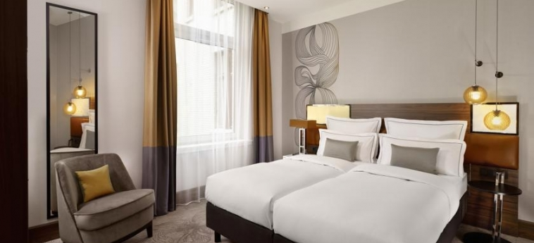 Hotel Reichshof Hamburg Curio Collection By Hilton: Chambre jumeau HAMBOURG