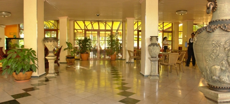 Hotel El Bosque: Hotelhalle HAVANNA