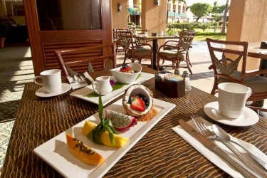 Hotel Courtyard By Marriott Kauai Coconut Beach: Breakfast HAWAII - KAUAI (HI)