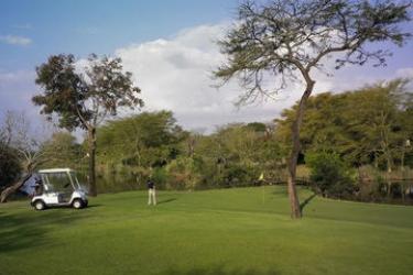 Hotel Sabi River Sun: Campo de Golf HAZYVIEW