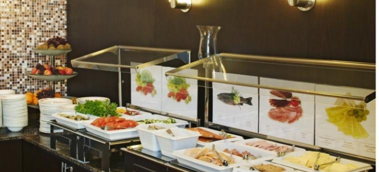 Hotel Holiday Inn Helsinki West Ruoholahti: Buffet HELSINKI