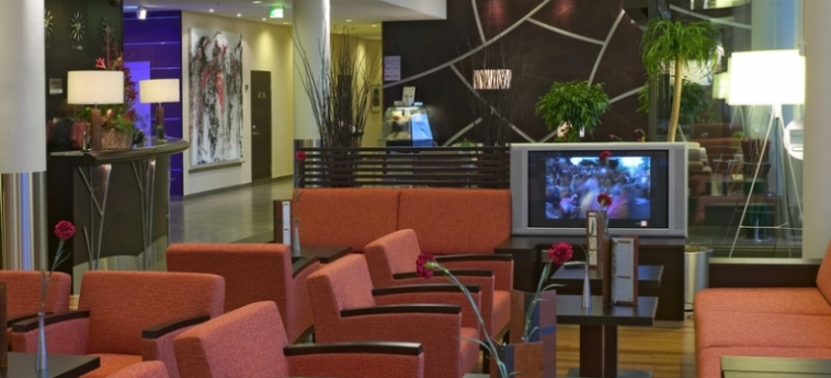 Hotel Holiday Inn Helsinki West Ruoholahti: Lounge HELSINKI