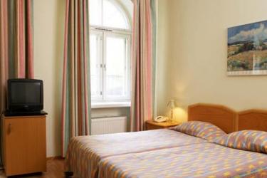 Hotel Helka: Guest Room HELSINKI