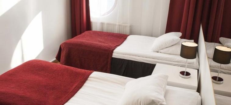 Airport Hotel Pilotti: Chambre jumeau HELSINKI