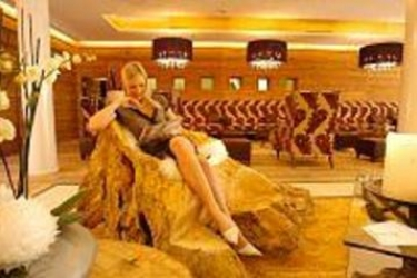 Hotel Alpine Palace: Außen HINTERGLEMM