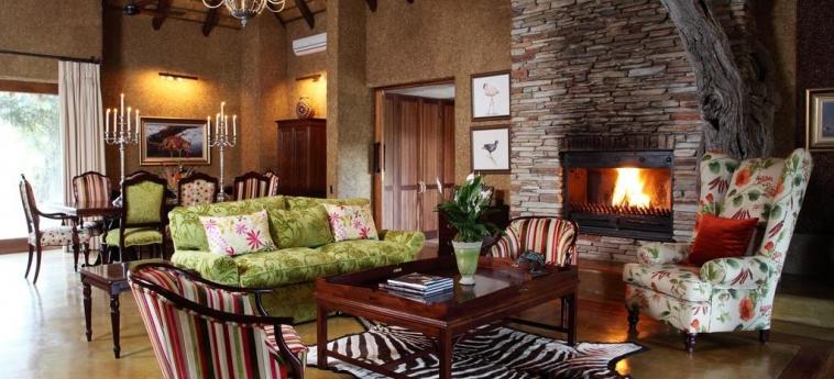 Hotel Camp Jabulani: Lounge HOEDSPRUIT