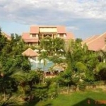 Hotel Vinh Hung Riverside Resort & Spa