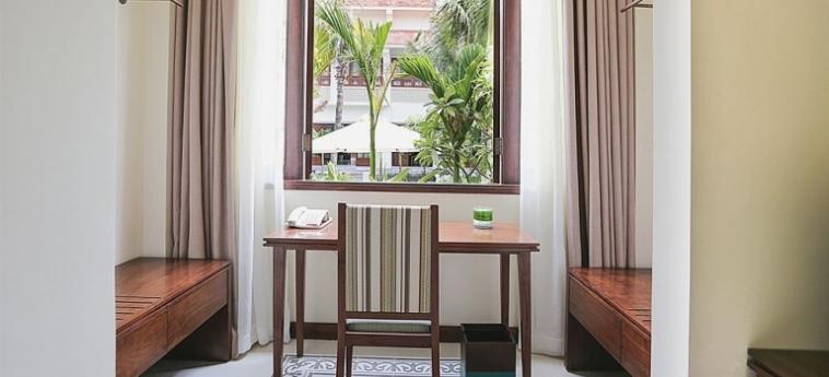 Hotel Almanity Hoi An Wellness Resort : Piscina Cubierta HOI AN