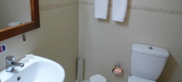 Hotel Islazul El Bosque: Bagno HOLGUIN