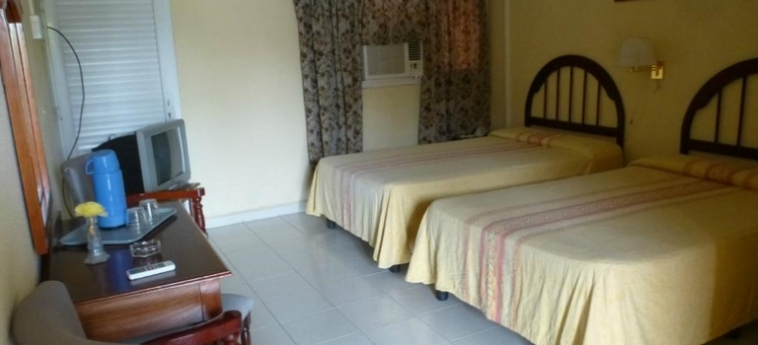 Hotel Islazul El Bosque: Guest Room HOLGUIN