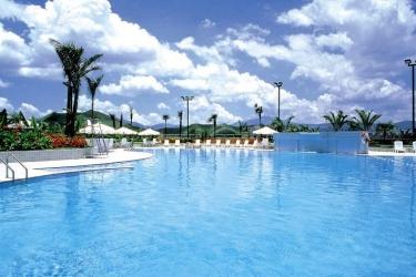 Hotel Harbour Plaza Resort City: Swimming Pool HONG KONG