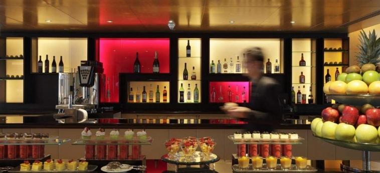 Hotel Intercontinental: Bar HONG KONG