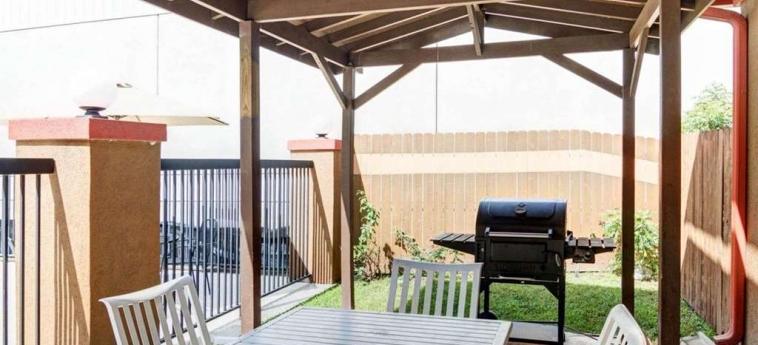 Hotel Quality Suites Bush - Iah Airport West: Détail de l'hôtel HOUSTON (TX)