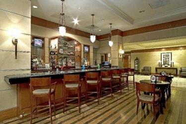 Hotel Sheraton Suites Houston Near The Galleria: Bar HOUSTON (TX)