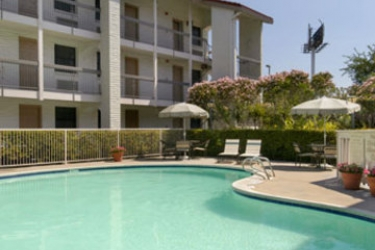 Hotel Travelodge Houston Southeast: Piscina Esterna HOUSTON (TX)
