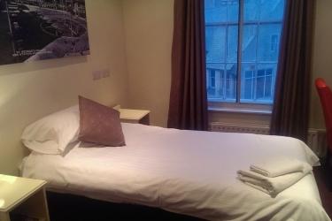 Hotel Swallow Huddersfield: Area para fiesta de cumpleaños HUDDERSFIELD