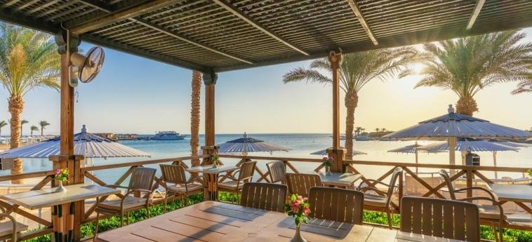Hotel Swiss Inn Resort Hurghada: Patio HURGHADA