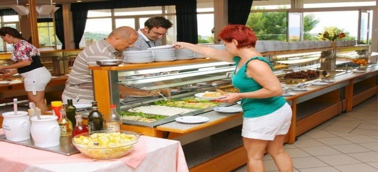 Adriatiq Hotel Hvar: Buffet HVAR ISLAND - DALMATIEN