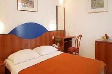 Hotel & App. Fontana Jelsa: Chambre ILE DE HVAR - DALMATIE