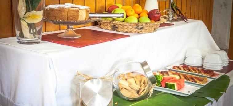 Hotel Easter Island Eco Lodge: Buffet ILE DE PAQUES