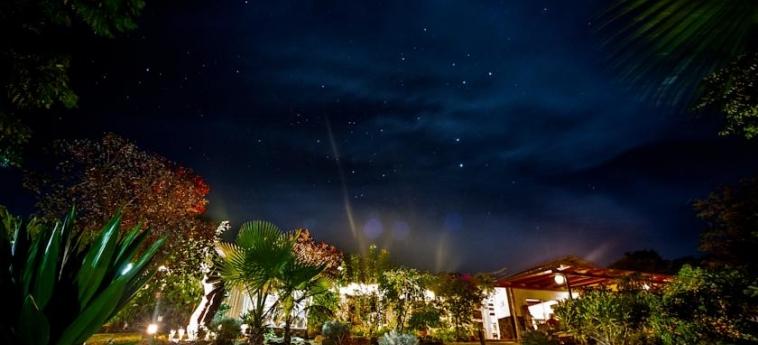 Hotel Easter Island Eco Lodge: Exterieur ILE DE PAQUES