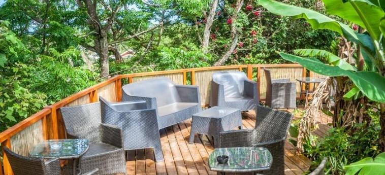 Hotel Easter Island Eco Lodge: Terrasse ILE DE PAQUES