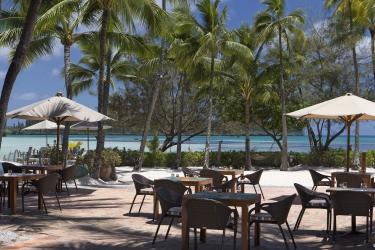 Hotel Le Meridien Ile Des Pins: Outdoor Restaurant ILE DES PINS