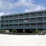 Hotel Barefoot Beach Resort