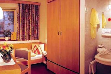 Hotel Weisse Kreuz: Room - Guest INNSBRUCK