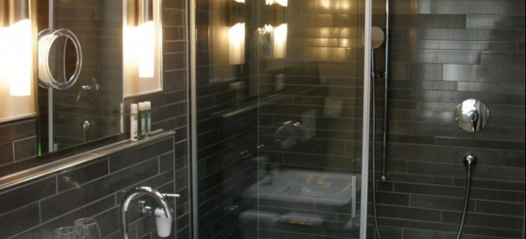 Hotel Bellevue: Bagno INTERLAKEN