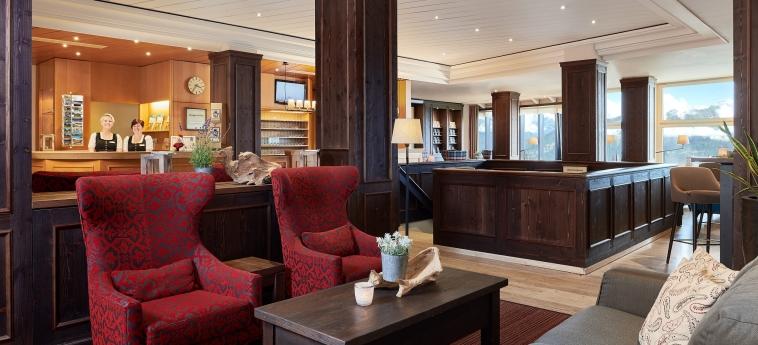 Hotel Dorint Bluemlisalp Beatenberg Interlaken: Reception INTERLAKEN